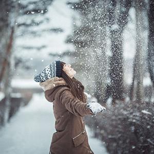 Стихи про снег, снегопад, снежинки, снег идет