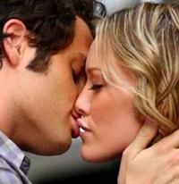 Почему люди целуются?