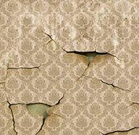 Если в доме трещат стены... Приметы о стенах