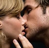 Как красиво и правильно целовать девушку