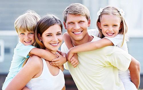 Семья в четыре улыбки