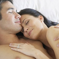 Заснуть в объятьях нежных рук