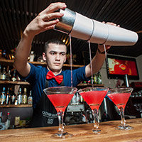 Стихи о барменах