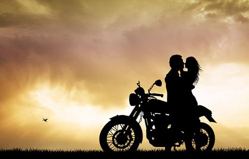 Влюбленный мотозакат...