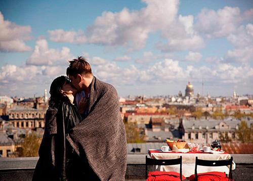 Романтический пикник на крыше