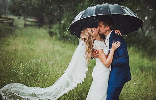 Семья - это зонт в дождливую погоду