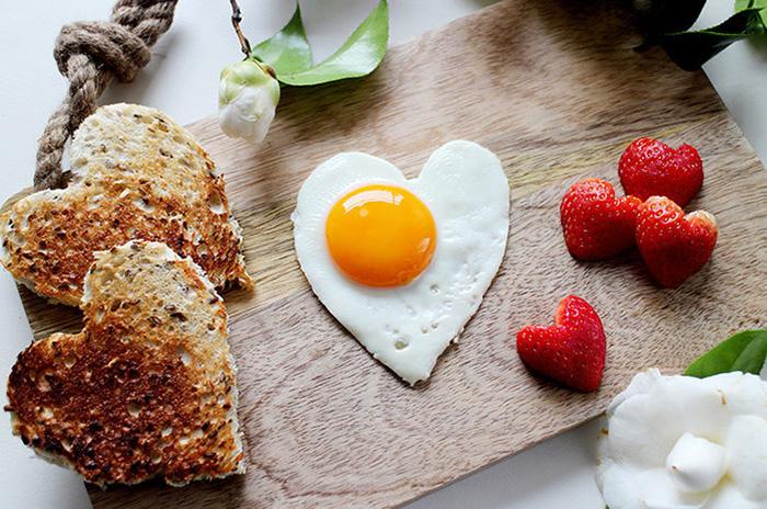 Завтрак, говорящий о любви...
