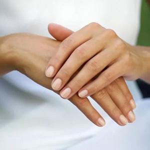 Стихи о женских руках