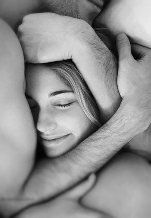 В заботливых руках любимого