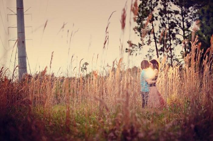 Любовь в тиши благоуханья трав