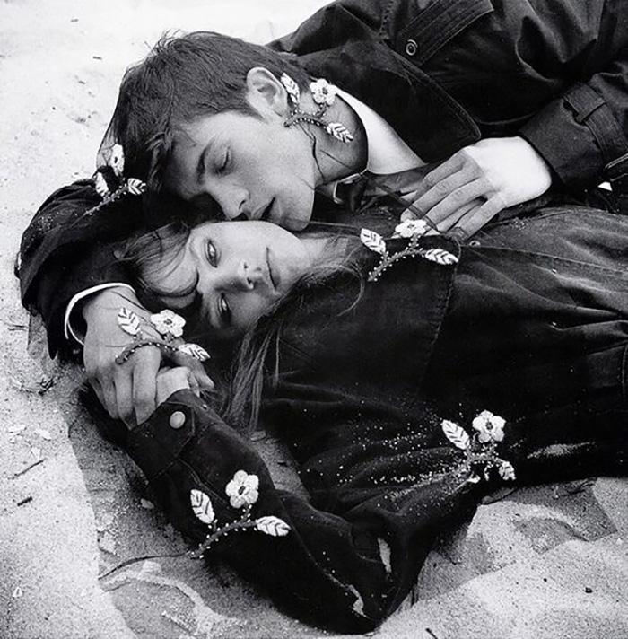 Любовь и печаль на песке