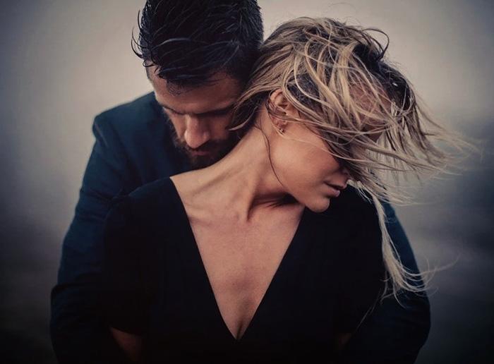 Ветер любви путает волосы...